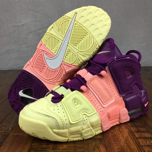 Nike Air More Uptempo Sneakers Lucky